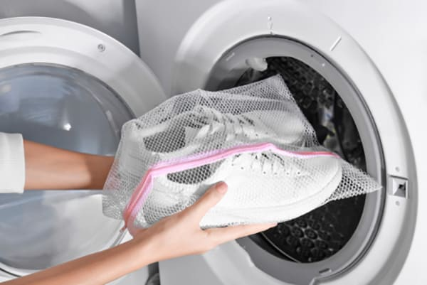 Can you put white vans in the washer